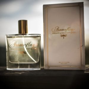 Aromaflage Bottle & Box (2)
