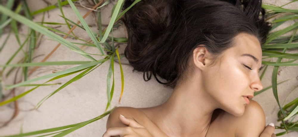 nude women with beautiful skin from adaptogenic beauty superfood use