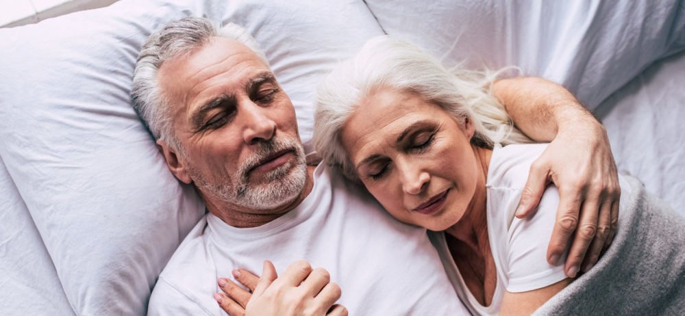 couple sleeping to possibly guard against dementia